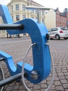 Car-Bike-Port-med-pump_Boras_20131017_RK-(6)