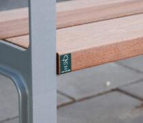 Referens/Projekt: Trygghetsboende Kvarteret Mesen i Norrköping. Miela parkmöbel med fsc-certifierad Jatoba. Smekab Citylife.