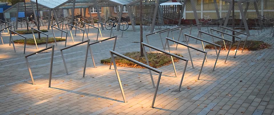 Hubben Uppsala Science Park, EDGE cykeltak och EDGETYRE cykelställ.